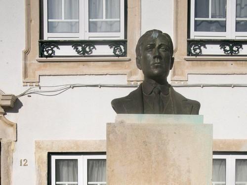 Busto de António Fragoso