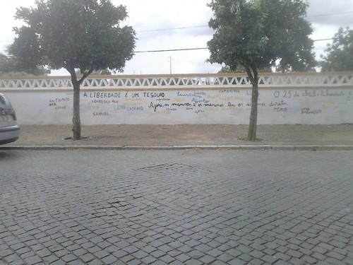 Mural 25 de Abril @ Cabeça Gorda, Beja
