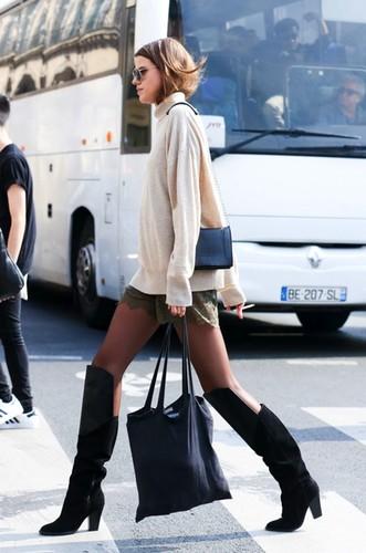 Le-Fashion-Blog-Paris-Street-Style-Turtleneck-Swea