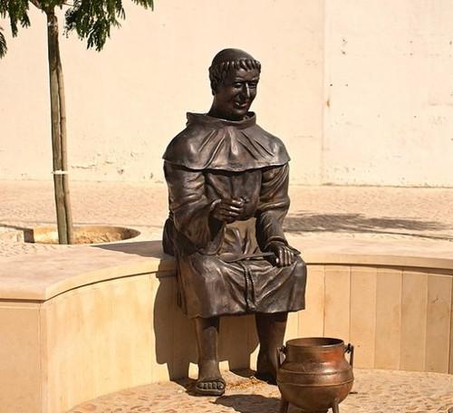 Friar-Sopa-da-Pedra-590x538.jpg