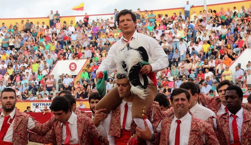 2Toiro José Vicente despedida.jpg