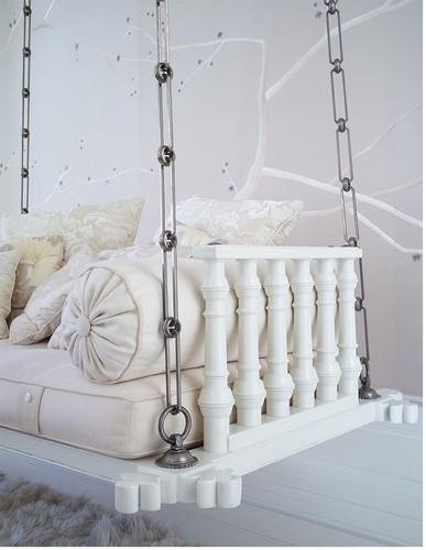 gwyneth-chair-20jun16.jpg