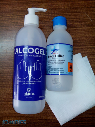 Alcool para desinfectar [en] Alcohol to disinfect