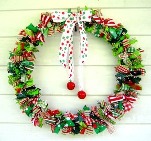 resized_wreath5.jpg