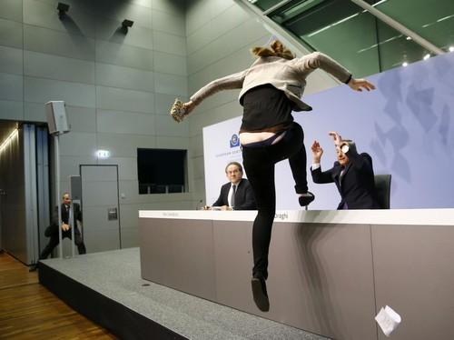 FEMEN_BCE01.jpg