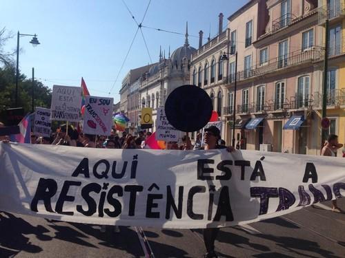 Marcha Orgulho LGBT Lisboa 2015 - dezanove 11.jpg