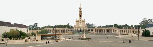Basilica_Fatima.jpg