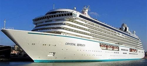 Resultado de imagem para crystal serenity navio