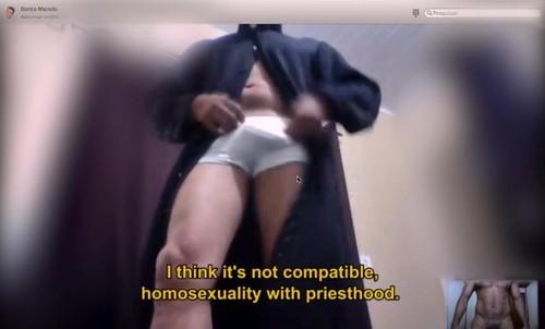 Amores Santos gay padres religião.jpg