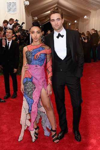 fka-twigs-robert-pattinson-met-gala-2015-best-dres