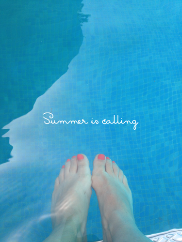 summer is calling.PNG