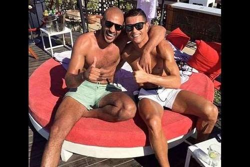 RONALDO tem caso com lutador marroquino.jpg