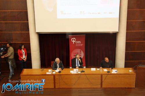 Conferência de Yanis Varoufakis sobre «Democratizar a zona Euro» na Universidade de Coimbra no dia 17 de outubro de 2015 - Oradores na mesa [en] Yanis Varoufakis Conference about
