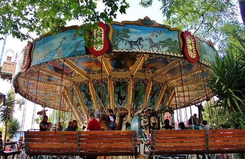 Carousel_tivoli_amusement_park.jpg
