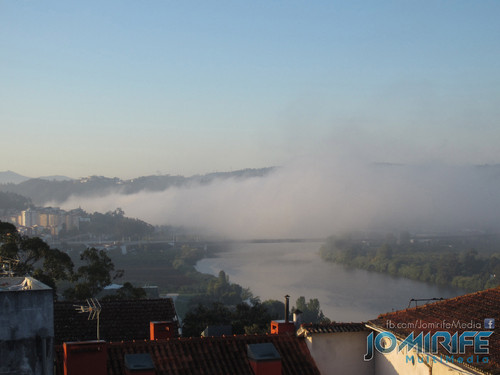 Ponte Rainha Santa Isabel Ponte Europa em Coimbra com nevoeiro visto da Universidade de Coimbra [en] Rainha Santa Isabel Bridge Europe bridge in Coimbra with fog seen at the University of Coimbra