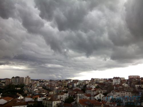 Nuvens e chuva em Coimbra. Clouds and rain in Coimbra
