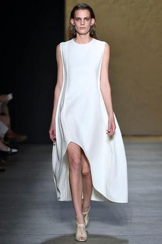 Narcizo Rodriguez vestido branco.jpg