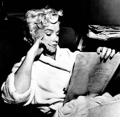 Annex-Monroe_-Marilyn_NRFPT_082.jpg