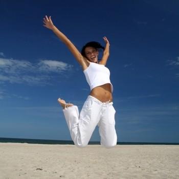 happy-girl-on-the-beach.jpg