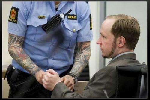 Anders Behring Breivik confessou ter matado 77 pes
