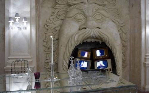Philippe-Starck-Maison-Baccarat-Moscou.jpg