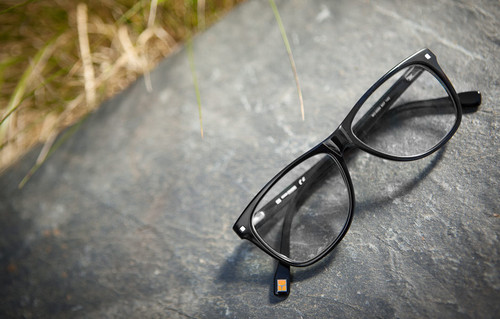 black-rim-glasses-main1[1].jpg