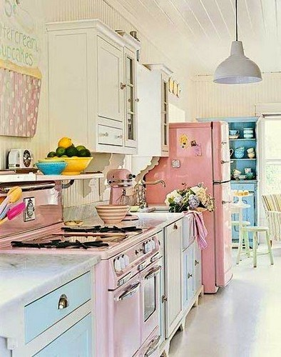 7-10-Vintage-Homes-That-Will-Make-You-Want-To-Be-a