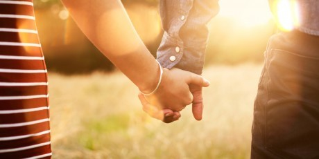 o-COUPLE-HOLDING-HANDS-facebook-460x230.jpg