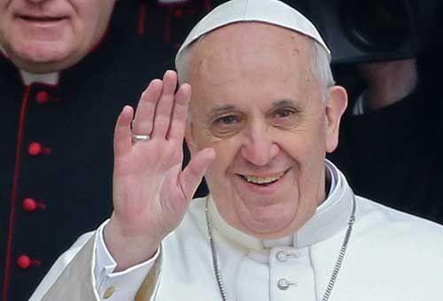 papa-francisco-expulsa.jpg