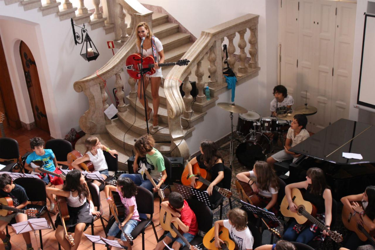 Sara Paco convidada especial da Academia de Musica