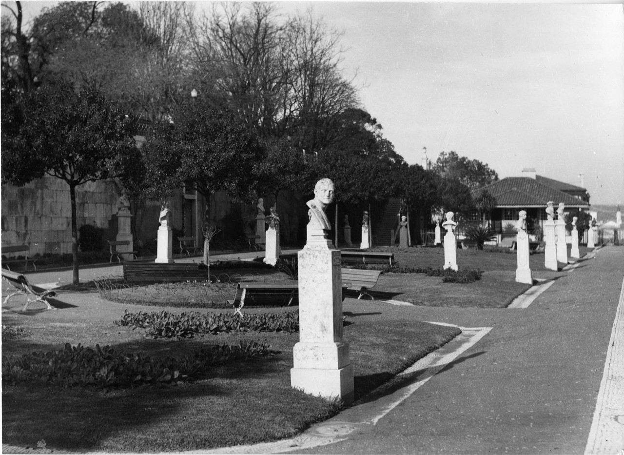 Jardim de São Pedro de Alcântara, tabuleiro infe