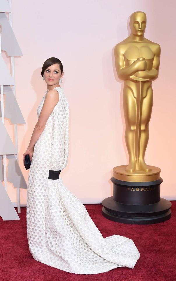 Marion Cotillard em Christian Dior Haute Couture.j