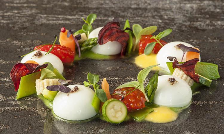 Restaurante-Vistas-Salada-de-Esferificacao-de-Moza
