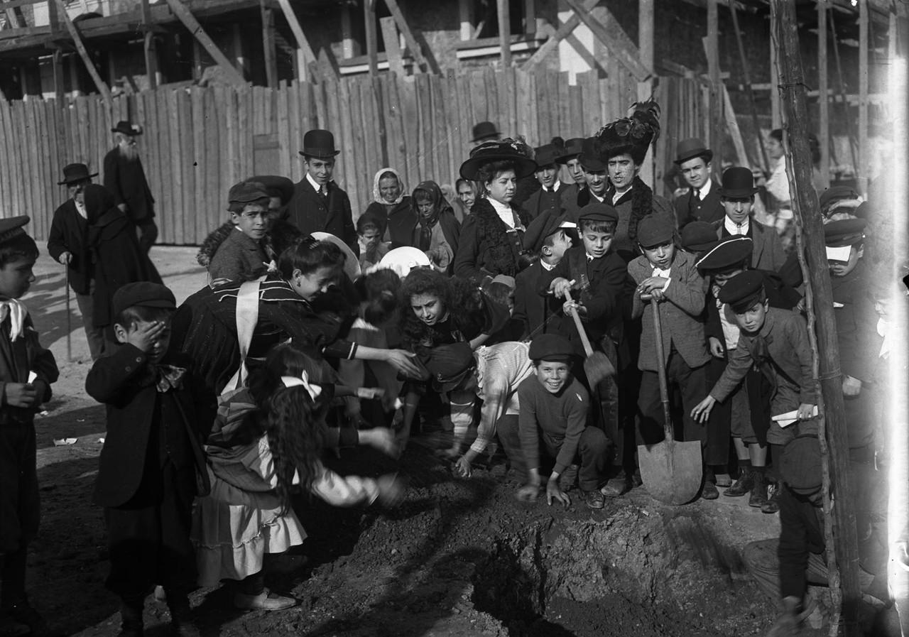 Culto da Arvore, L. Matadouro (J. Benoliel, 1910)