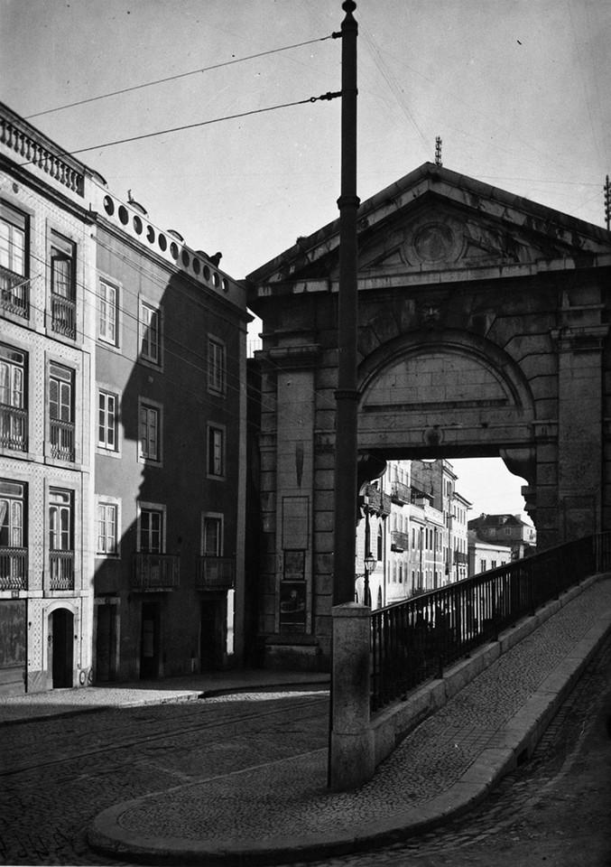 Arco de S. Bento, fotógrafo ni.jpg