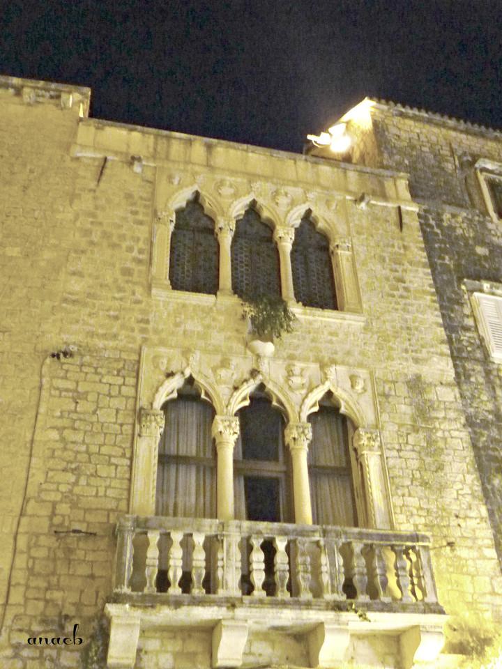 Trogir - Ćipiko Palace - viajarporquesim.blogs.pt