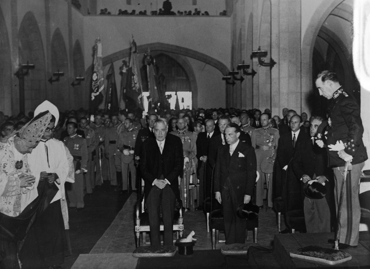 Inauguração da igreja do Santo Condestável, 195