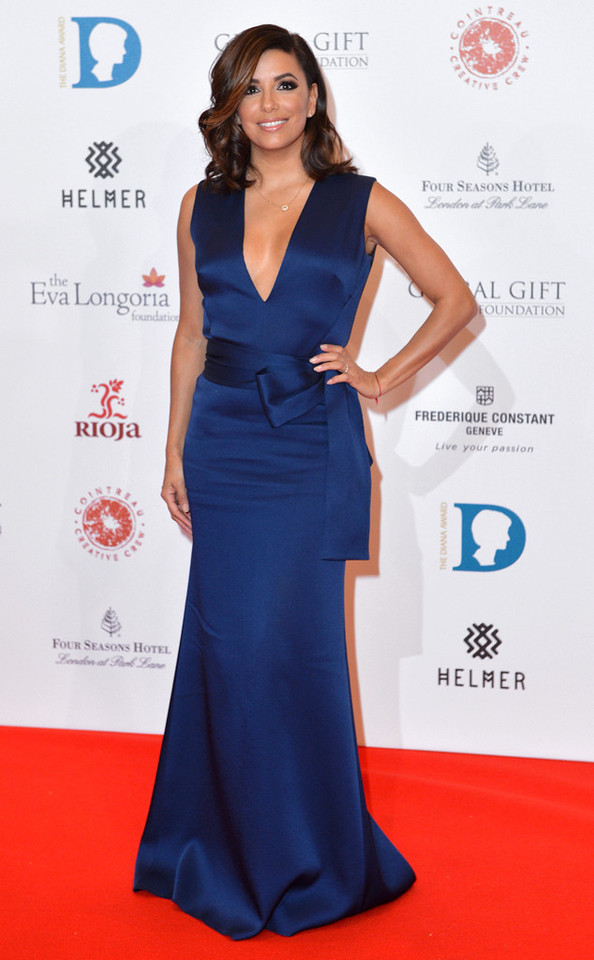 rs_634x1024-151130161828-634-eva-longoria-global-g