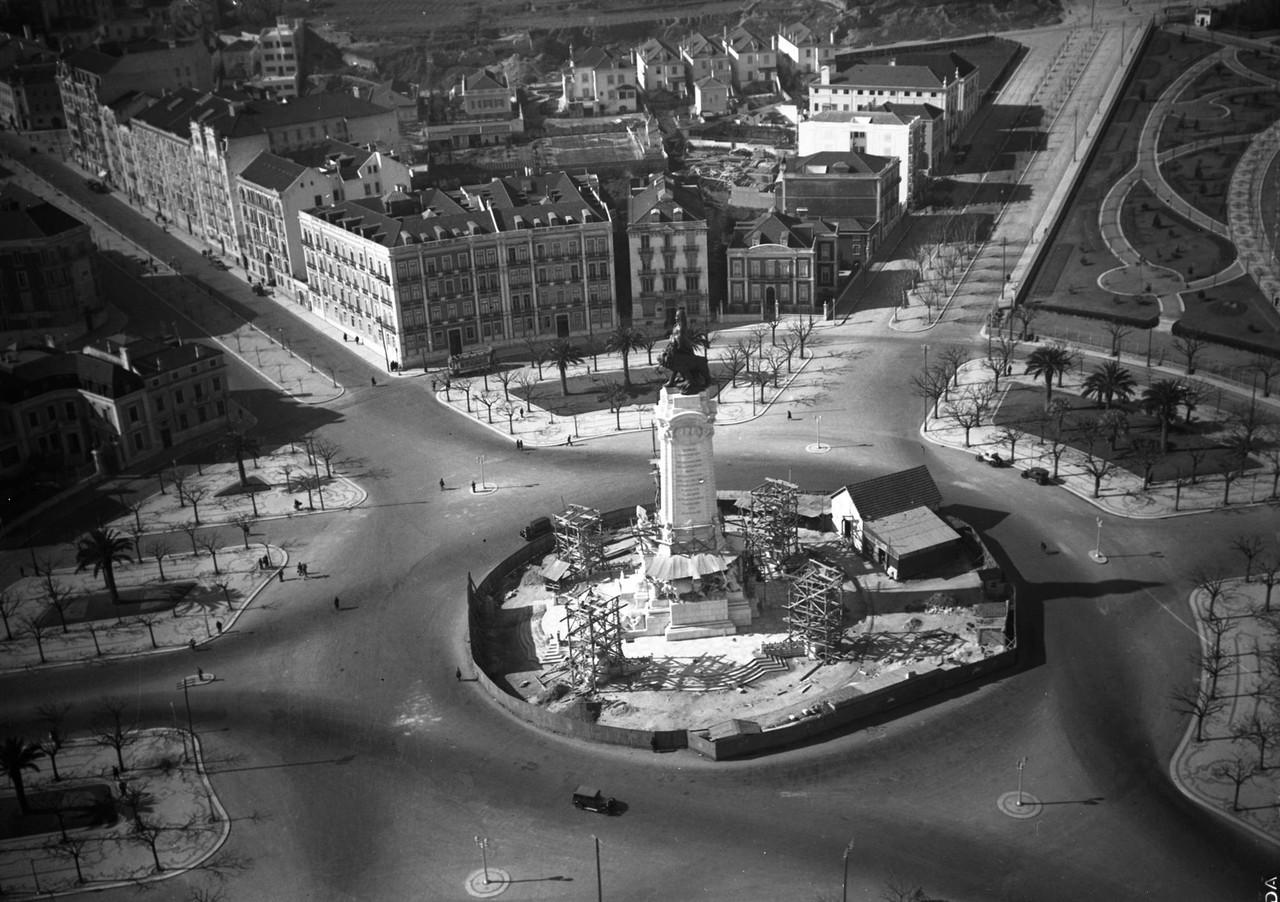 Rotunda, Lisboa (P. Correia, c. 1934)