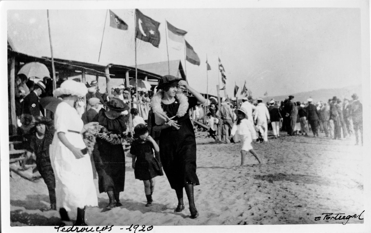 Praia de Pedrouços, 1920,.jpg