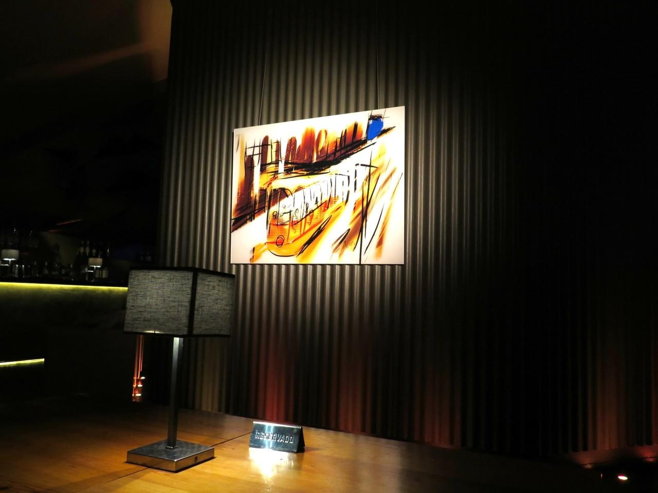 Durante 40 dias, a obra 'Loucos por Lisboa' estará em exposição no SILK… e o 'Carapau Amarelo' estará à disposição na carta