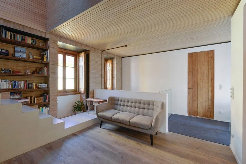 House-in-Estoril-12-850x568.jpg