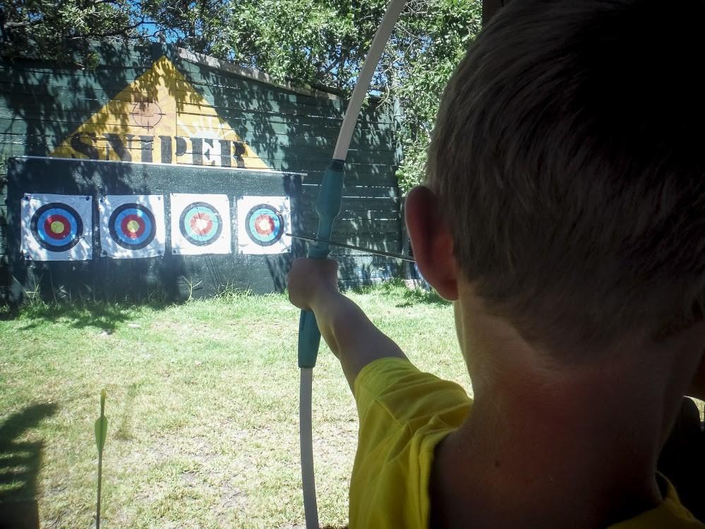 sniper tiro com arco.jpg