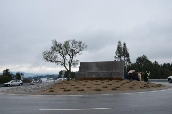 Concluído arranjo paisagístico da Rotunda de Bar