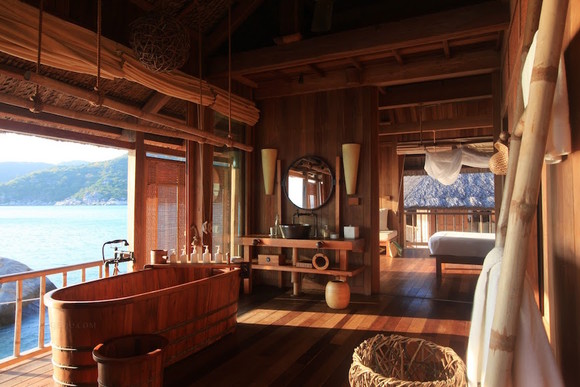 10-Wooden-Bathroom-Ideas-to-Inspire-You.jpg
