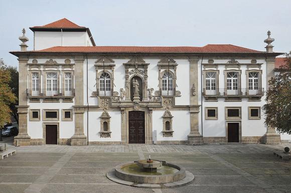 Fachada Edifício CMG
