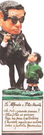 Estatueta Avô&Neto.jpg