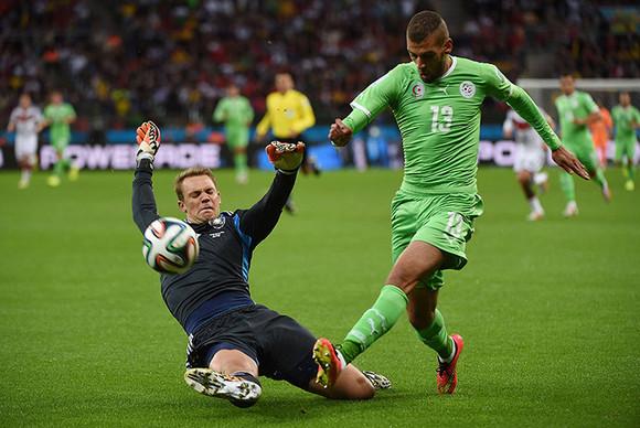 Germanys-goalkeeper-Manue-011.jpg