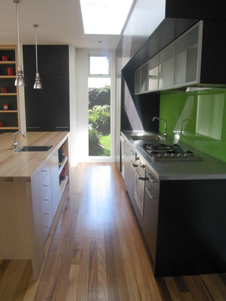 kitchenblack1.jpg