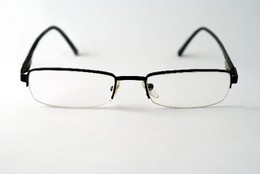 oculos cata.jpg